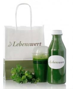 Click to visit Der Grüne Smoothie to go! Ideal als Frischekick für Zwischendurch - 250ml im Becher, sofort zum Mitnehmen